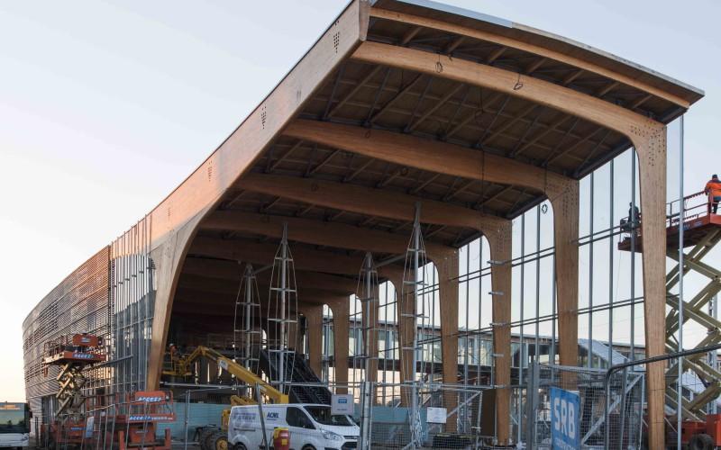 B2 – Pôle d'échanges à la gare TGV de Lorient (56)