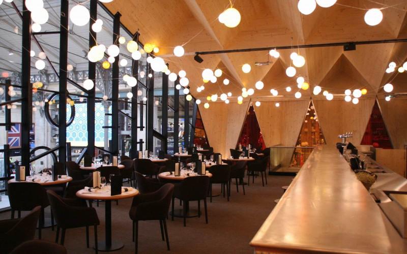 B2-Etoile du Nord, un restaurant populaire  Gare du Nord à Paris
