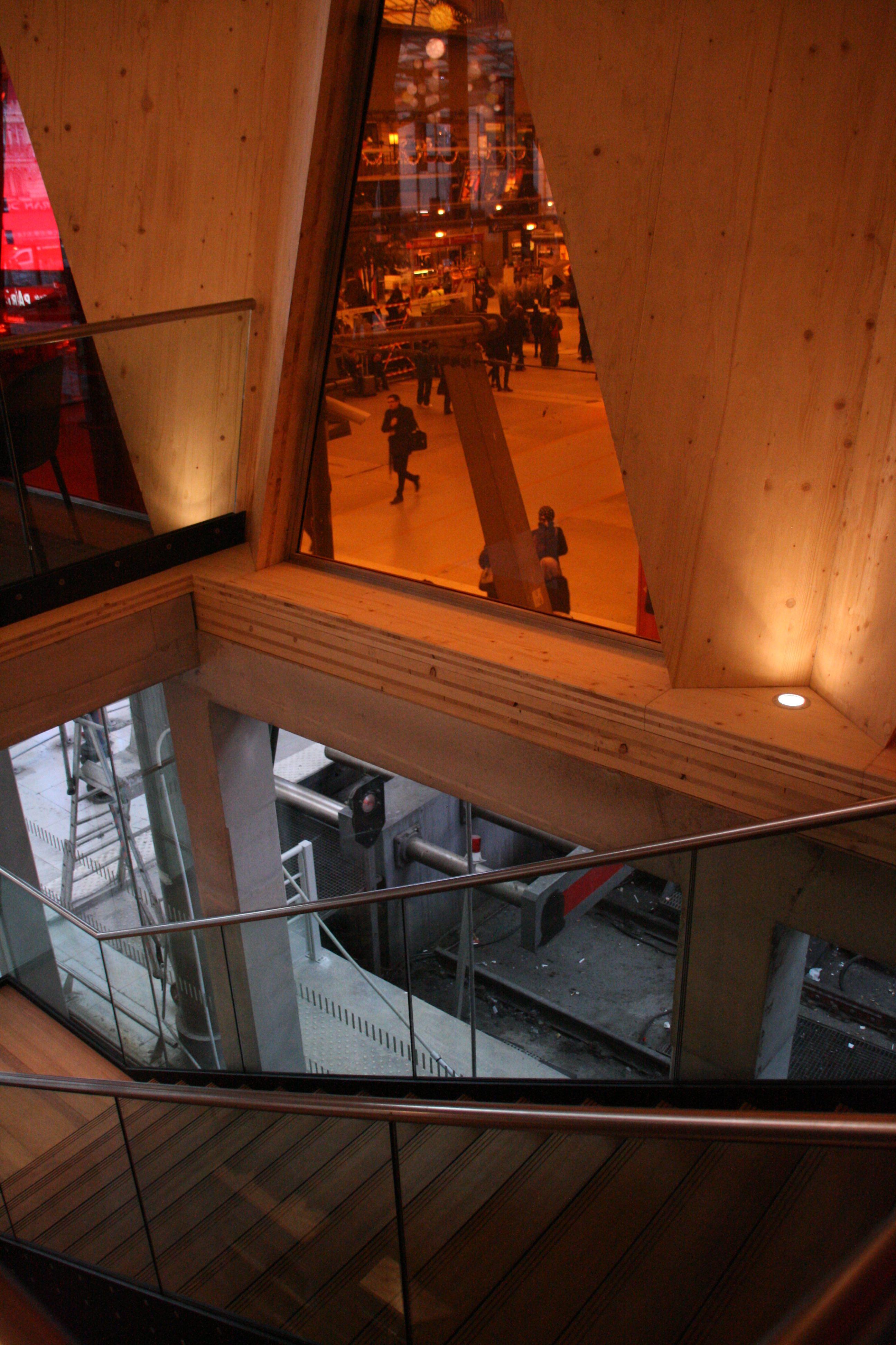 b2 etoile du nord un restaurant populaire gare du nord paris nvbcom. Black Bedroom Furniture Sets. Home Design Ideas